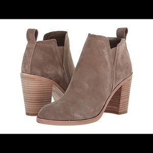 Dolce vita Simone booties s9 dark taupe pre-owned